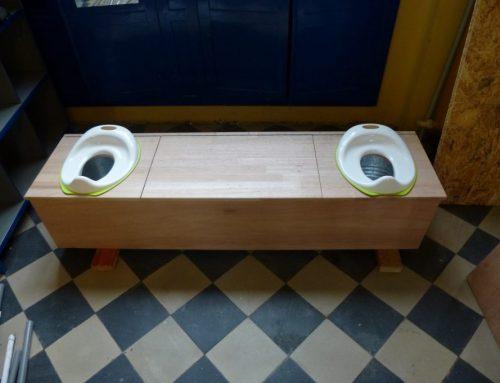 Toilettes sèches et compost à l'école maternelle – Institut de l'Assomption Sainte-Thérèse