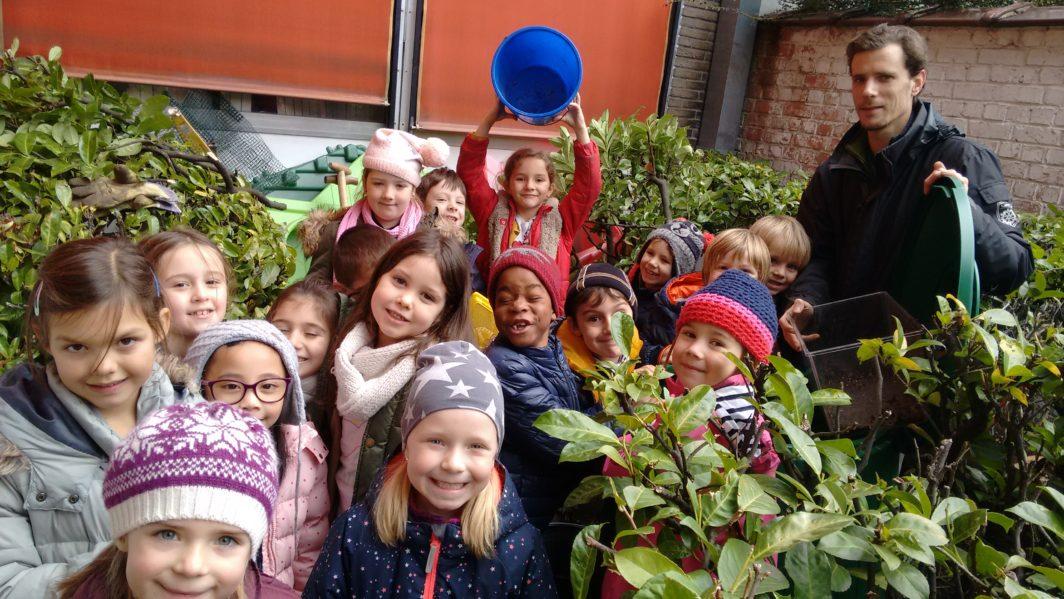 Le compost : un jeu d'enfants – Ecole communale du Tenbosch n°9